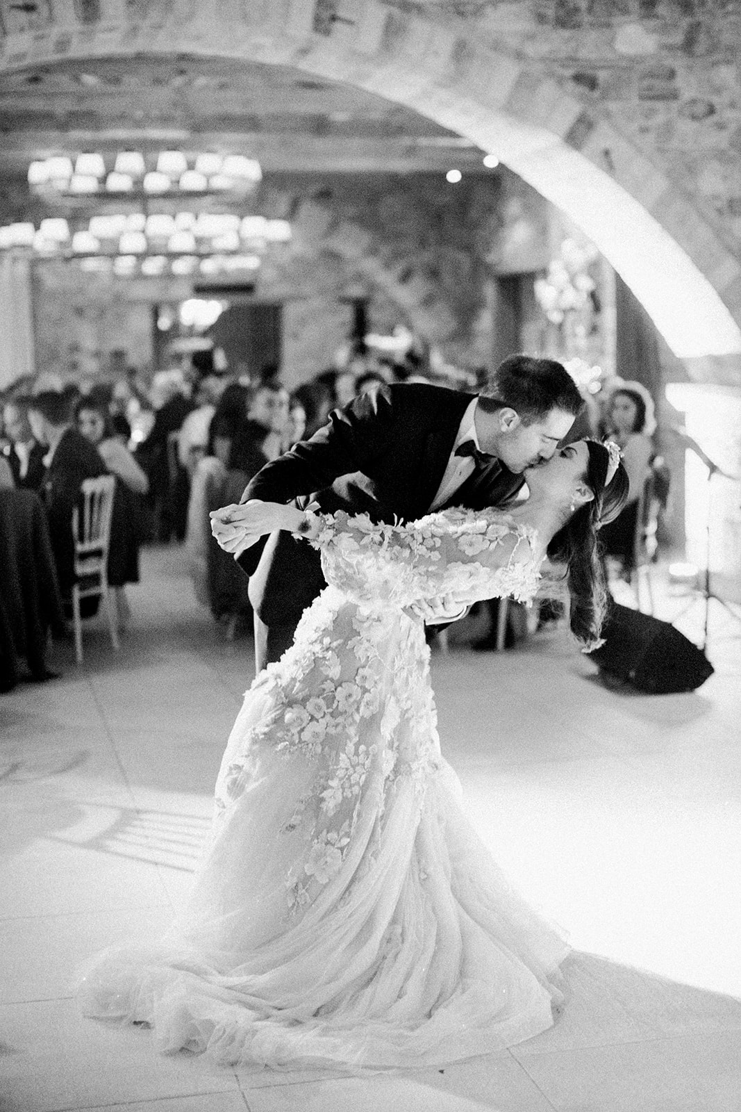 The wonderful weddinng of Nikos and Evangelia gallery image 16